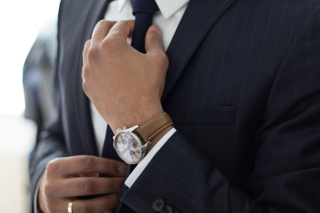 Vijf items die elke man in zijn kledingkast zou moeten hebben